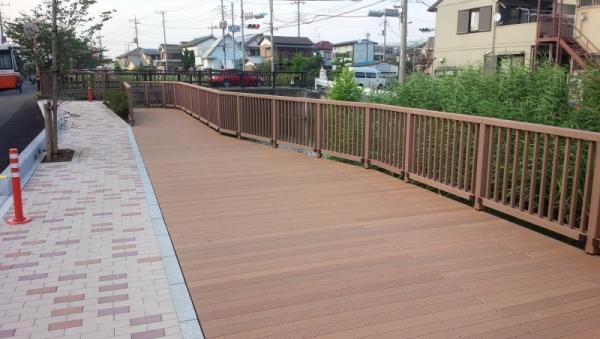 葛西用水路デッキ(埼玉県)
